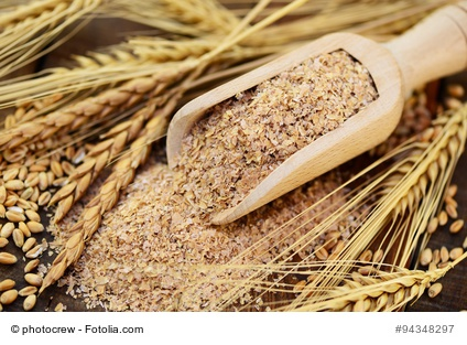 Weizenkleie im Müsli dient als Quellstoff.