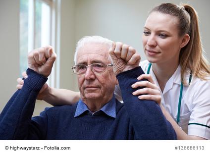 Schlaganfall-Patient in der Therapie