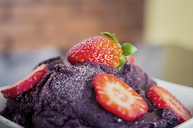 Köstliche Desserts mit Acai