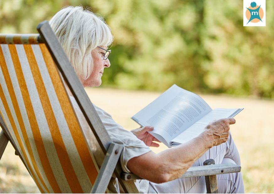 Rentnerin im Sommer