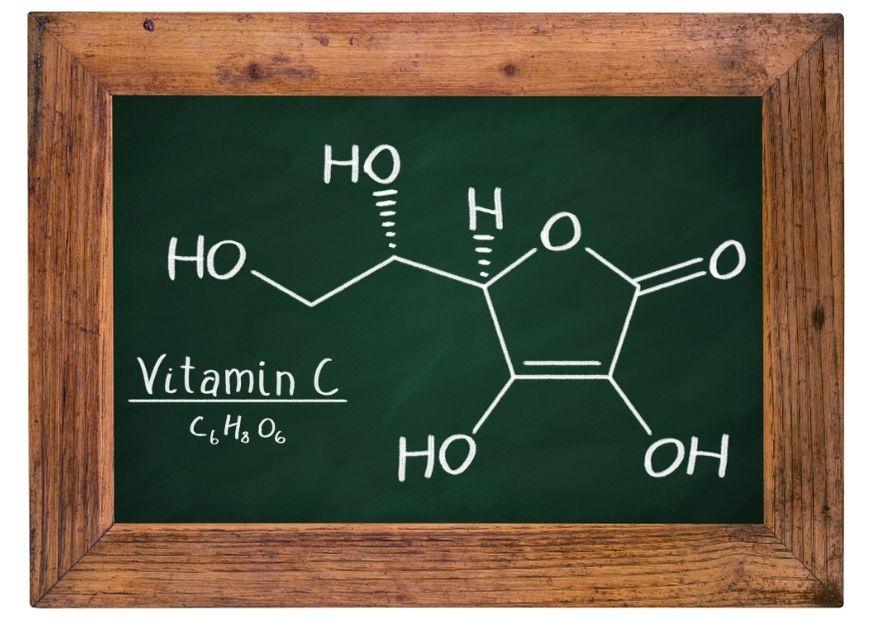 Vitamin C: Summen- und Strukturformel