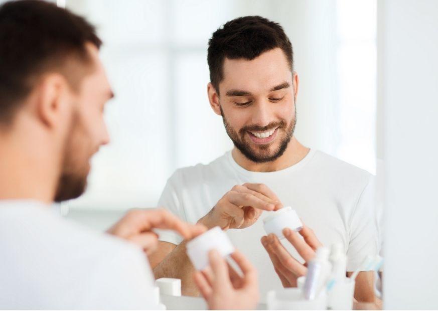 Gesichtspflege bei Männern