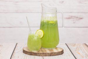 Selbstgemachte Gurken-Limonade