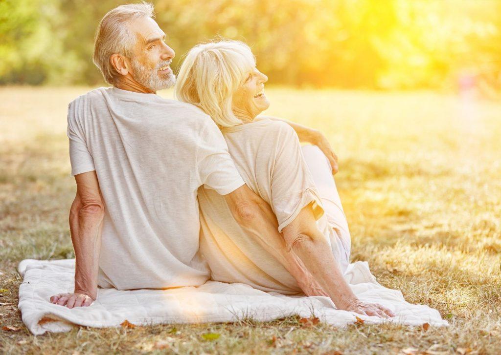 Rentner genießen den Sommer